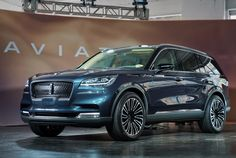 2019-Lincoln-Aviator-Preview-gear-patrol-slide-6