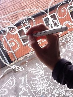 DIY ... Mandala at Windows..., with POSCA tusch... Remember to start at the center of the Window