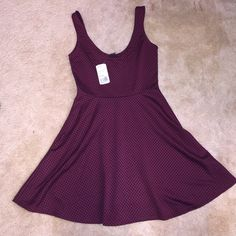 NWT F21 Dress Perfect for spring! Brand new. Color is maroon with black polka dots Forever 21 Dresses Mini