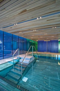 Ceiling: Wood Linear. Architect: De Architecten Cie. Findable in Amsterdam the Netherlands. Architecture inspiration for wood ceilings in a swimmig pool.
