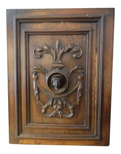 Antique European carved walnut panel with a late century Knight Crest Design. - Hand-Carved - Slightly Scuffed on Corners - Hanging hooks on . Kitchen Cabinet Doors, Sculpture Art, 19th Century, Hand Carved, Medieval, Carving, Antiques, Libraries, Master Bath