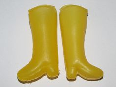 Dolls Shoes Barbie Sindy etc yellow boots