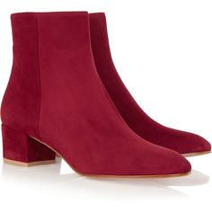 Gianvito Rossi Suede ankle boots (15,710 MXN) ❤ liked on Polyvore featuring shoes, boots, ankle booties, low boots, low booties, suede boots, burgundy booties and short boots