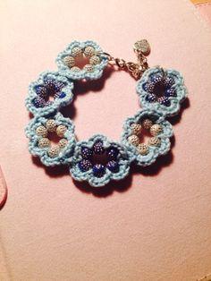 #bracciale #bracelet #uncinetto #crochet #fiori #perline #charm #azzurro