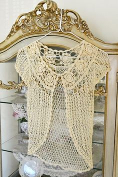 Jenneliserose, Stunning Vintage Pale Yellow Silky Lace Cover Up White Shutters, Yellow Cottage, Yellow Houses, Brown Coffee, Chocolate Color, Yellow Lace, Tulle Lace, Hello Gorgeous, Mellow Yellow
