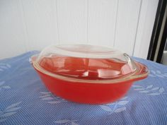 vintage orange oval  casserole baking dish Pyrex Agee glass
