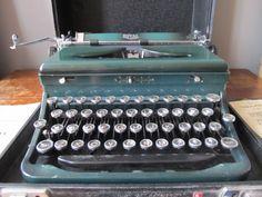 Vintage 1930s Royal Standard Green Typewriter: by ATOMICDOG67, $99.00.