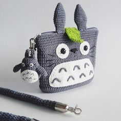 Crochet Kids Purse Pencil Cases 30 Ideas For 2019 Crochet Coin Purse, Crochet Pouch, Crochet Diy, Crochet Purses, Crochet For Kids, Crochet Crafts, Crochet Projects, Crochet Ideas, Crochet Pencil Case