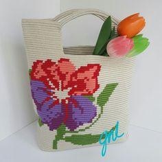 Mochila Crochet, Crochet Tote, Crochet Cross, Crochet Handbags, Crotchet Bags, Knitted Bags, Freeform Crochet, Tapestry Crochet, Tapestry Bag