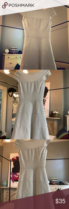 White Skater Dress Elegant white skater dress with beautiful scoop back. Great quality and incredible flattering. Banana Republic Dresses Midi