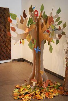 Best 12 How to make a jewelry hanger. Alice In Wonderland Jewelry Tree – Step 5 – SkillOfKing. Cardboard Tree, Cardboard Crafts, Paper Crafts, Tree Crafts, Diy And Crafts, Crafts For Kids, Jewelry Hanger, Jewelry Tree, Autumn Crafts