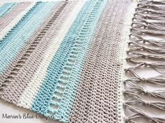 Maria's Blue Crayon: Coastal Indoor Rug - Free Crochet Pattern made with Caron Cotton Cakes - Crochet Rug - doitory Crochet Kitchen, Crochet Home, Free Crochet, Crochet Rug Patterns, Loom Knitting Patterns, Caron Cakes Crochet, Afghan Crochet, Cotton Cake, Crochet Cactus