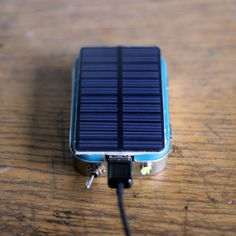 Altoid Can Solar USB Charger | 26 Tech DIY Projects For The Nerd In All Of Us