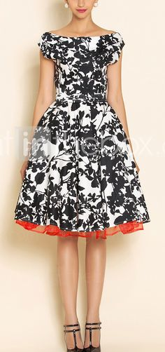 Vintage style swing dress Love the print.