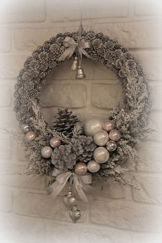 Diy christmas wreaths 460704236878462416 - Diy Christmas Door Decorations Luxury Winter Wreath Adventski Vijenac I O Od Novina Diy Christmas Door Decorations, Christmas Wreaths To Make, Noel Christmas, Holiday Wreaths, Rustic Christmas, Christmas Ornaments, Christmas 2017, Christmas Ideas, Garland Decoration