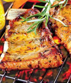 Coaste de porc picante | Retete culinare - Romanesti si din Bucataria internationala Romanian Food, Tandoori Chicken, My Recipes, Barbecue, Bacon, Good Food, Pork, Food And Drink, Keto