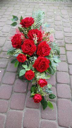 Cemetery Flowers, Floral Designs, Ikebana, Floral Arrangements, Floral Wreath, Wreaths, Plants, Decor, Floral Crown