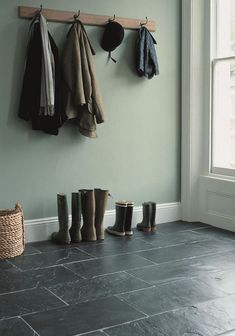 Flooring for back hall. Soft green walls w/ Silver Blue slate Slate Flooring, Best Flooring, Kitchen Flooring, Slate Tiles, Slate Kitchen, Gray Tiles, Kitchen Dining, Dining Room, Paint Shades