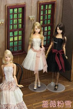 These dolls are so much prettier than most similarly sized dolls!
