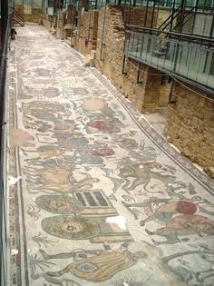 The most intricate Roman mosaics in the world Ancient Rome, Ancient Greece, Ancient Art, Ancient History, Roman Architecture, Ancient Architecture, Palermo, Art Romain, Empire Romain