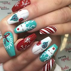 Turquoise, red and white winter skittles manicure Nails 2018, Christmas Nail Art Designs, Holiday Nail Art, Winter Nail Art, Winter Nails, Xmas Nails, Christmas Nails, Wow Nails, Nice Nails