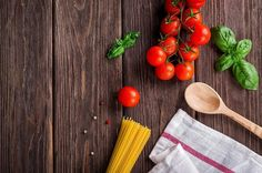 How to do a Low Histamine Diet for Histamine Intolerance and Mast Cell Activation Syndrome Part Identifying High Histamine Foods High Histamine Foods, Grape Jelly Meatballs, Basil Pasta, Buy Kitchen, Kitchen Cabinets, Meatball Recipes, Eating Habits, Sauce Recipes, Dishes