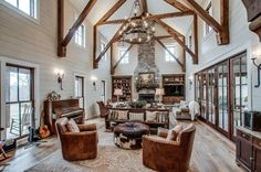 Miley Cyrus Buys a Modern Farmhouse in Her Tennessee Hometown | Apartment Therapy