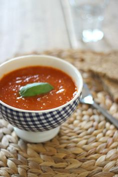 Tomatensoep met balletjes - Lekker en Simpel