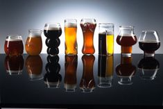 Pretentious Beer 1 set all PG glasses
