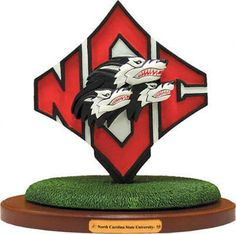 129 Best NC State Wolfpack Gifts (If you need a hint) images ... bf5773e315