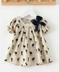 ideas sewing clothes kids dress fabrics for 2019 Baby Girl Frocks, Frocks For Girls, Kids Frocks, Little Girl Dresses, Baby Dresses, Baby Dress Design, Baby Girl Dress Patterns, Baby Outfits, Kids Outfits