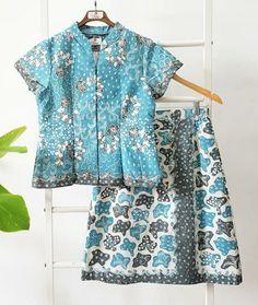 Blouse Batik, Batik Dress, Blouse Dress, Chifon Dress, Batik Fashion, Skirt Suits, Cheongsam, Kebaya, Window Shopping