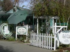 The Tea House on Los Rios