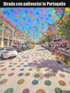 Balonstraße in Portugal. - - Balonstraße in Portugal. Profil Balonstraße in Portugal. Ciel Art, Best Places In Portugal, One Word Art, Sky Art, Landscape Pictures, Resorts, Disney, Balloons, Beautiful Places