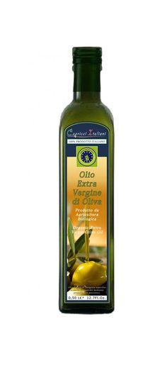 Bottiglia Olio EVO da Agricoltura Biologica da 0,50lt. E' un olio estratto a freddo con ciclo continuo a tre fasi da olive raccolte in modo meccanico e manuale. E' un Blend dal sapore fruttato medio con risalto del gusto di erba e carciofo e un grado di acidità inferiore allo 0,40%.