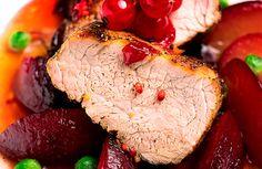 Lombo de porco com calda de ameixa fresca