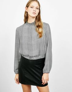 Checked Victorian collar blouse with stretch hem - Shirts - Bershka Finland