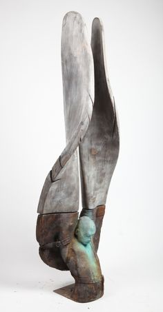 ICARO II - By  Jesús Curiá. (Bronce and steel)