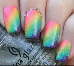 Rainbow ombre nails, gorgeous!