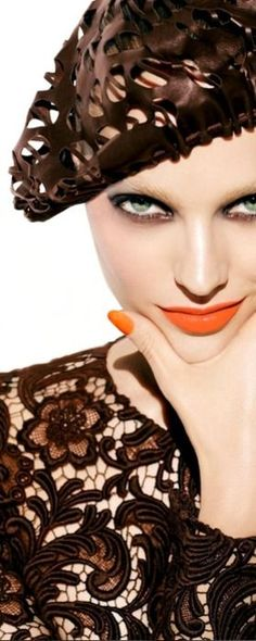 Dressing up. Orange lips and nails. Glamour, Brown Fashion, Brown Beige, Carolina Herrera, Tom Ford, Color Inspiration, Orange Color, Beauty Makeup, Alexander Mcqueen