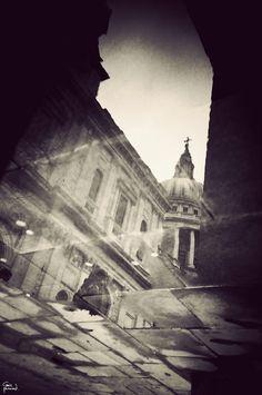 Gavin Hammond – London in Puddles