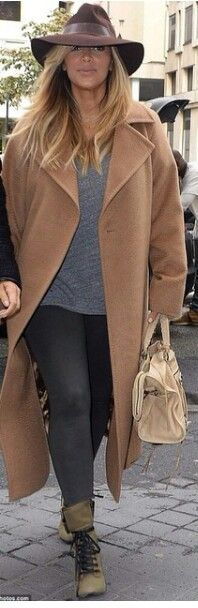 Kim kardashian west out in Paris,  love this hat