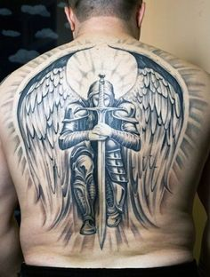Learn about knight tattoo designs and meanings, and get some ideas for your own! This article includes numerous photos of knight-related tattoos for inspiration. Full Back Tattoos, Great Tattoos, Trendy Tattoos, Beautiful Tattoos, Body Art Tattoos, Sleeve Tattoos, Tattoos For Women, Men Back Tattoos, Religious Tattoos For Men