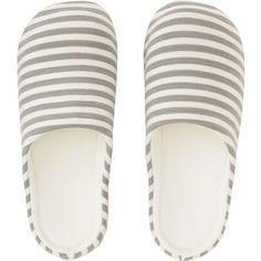 UNIQLO Slippers (4.135 HUF) via Polyvore featuring men's fashion, men's shoes, men's slippers, dark gray and uniqlo