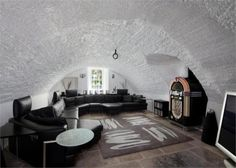 I found this on Rightmove ~ man cave anyone?