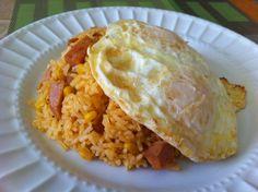 arroz con maiz y spam con huevos fritos/Rice corn and spam with fried eggs