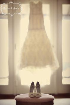 フォトジェニック!記念に残るウェディングドレスの写真の撮り方まとめ♡