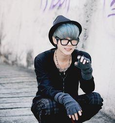 This is ' Lovely Boy ' Park Hyungseok (Hara)