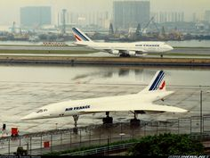 Concorde: Air France and Boeing 747 sharing the tarmac at Kai Tak Airport, Hong Kong. Sud Aviation, Civil Aviation, Commercial Plane, Commercial Aircraft, Air France, Concorde, Rolls Royce, Kai Tak Airport, Tupolev Tu 144