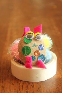 Cute Kids Activity: Make Your Own Pet Rocks | KidsStuffWorld.com